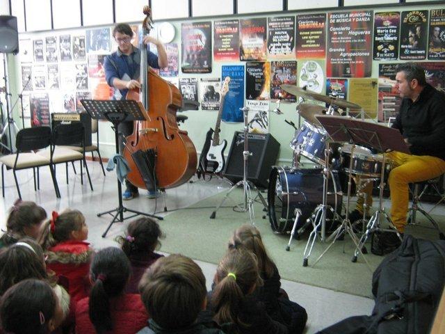 Escuela Municipal de Danza y Música