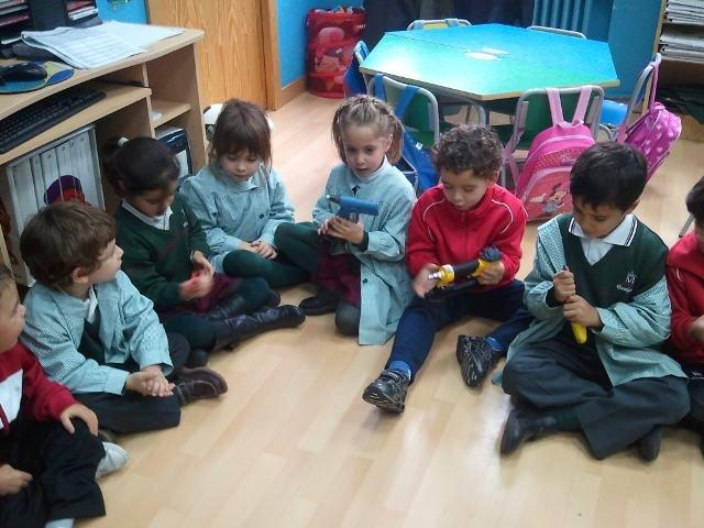 Visita de Jesús a 3º B de Infantil