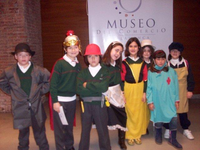 3º A y 3º B de Primaria visitan el Museo del Comercio