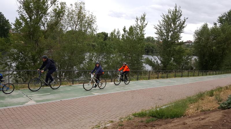 "V marcha cicloturista ""Pedalea por Kamda""."