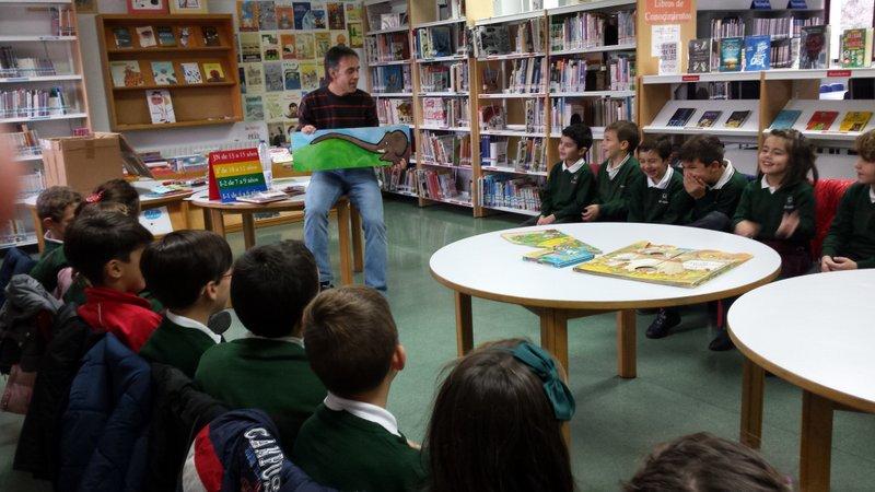 Visita a la Biblioteca Miraltormes.