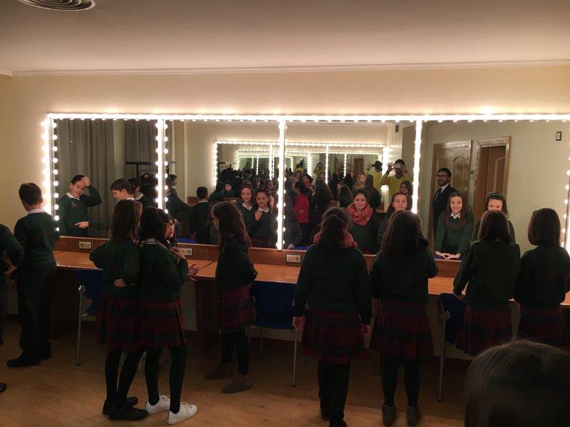 Los alumnos de 5º de Primaria visitan el Teatro Liceo.