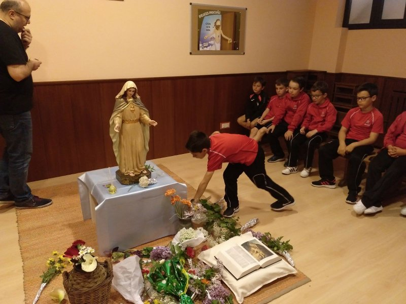 Calasanz_Virgen Escuelas Pías