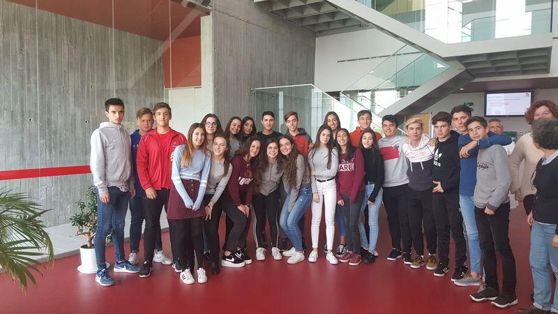 Alumnos de biología en el IBFG