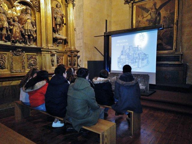San Martín a estudio