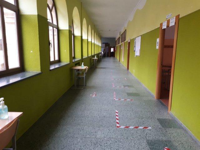 Los alumnos de 2º de Bachillerato vuelven a las aulas