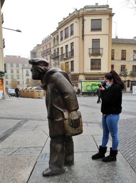 Es-cultura monumental urbana